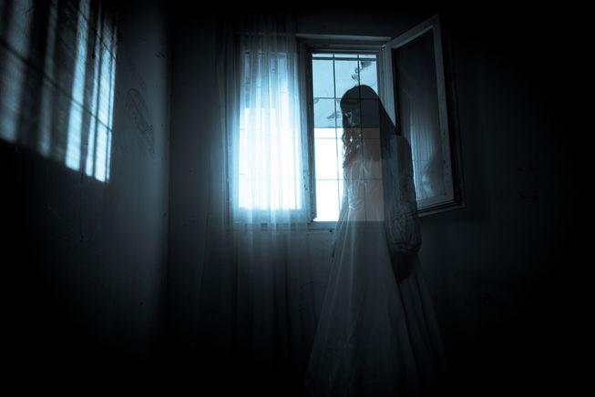 femal ghost